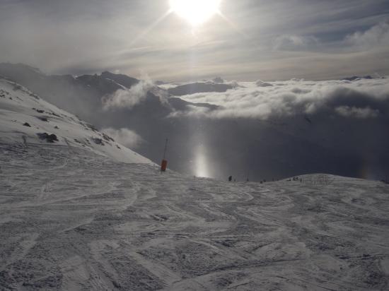 Solen spiller i iskrystaller i 2.500 meters højde. Nice yez?