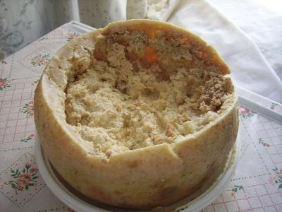 Casu marzu: Rådden ost med larver - yummi!