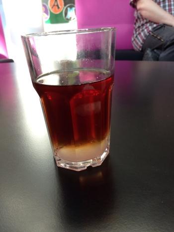 Sukker med te